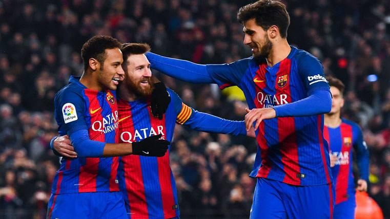 ¡Acusan a Messi de pedir que no juegue André Gomes!