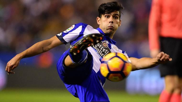 """Juanfran, sobre el interés del Barça: """"No es una situación fácil"""""""
