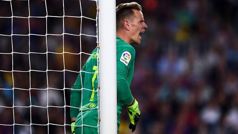 Las manos milagrosas de Ter Stegen para evitar dos goles