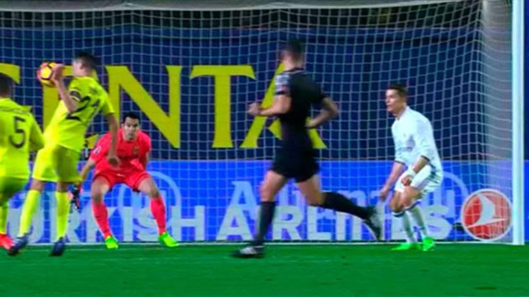 ¡Atraco a mano armada de Gil Manzano en contra del Villarreal!