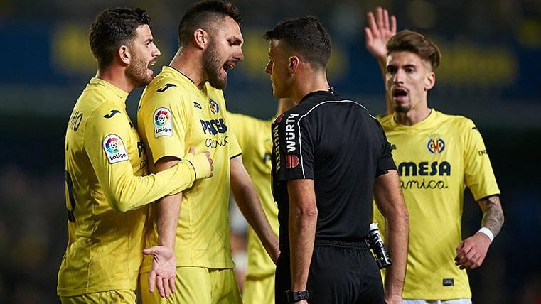 """""""Los árbitros han salido del estadio con bolsas del Madrid"""""""
