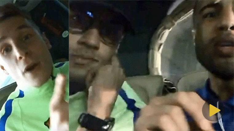 La celebración más loca de Neymar y Rafinha en el bus