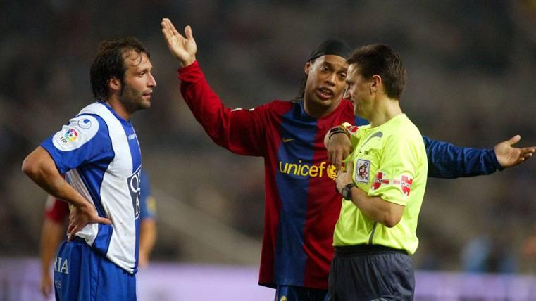¡Hasta los ex árbitros se posicionan contra el Madrid!
