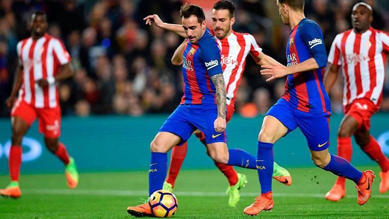Paco Alcácer, llegar y besar al santo frente al Sporting