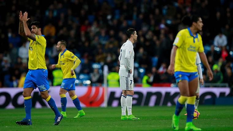 Las Palmas retrató al Madrid... ¡Copiando al FC Barcelona!