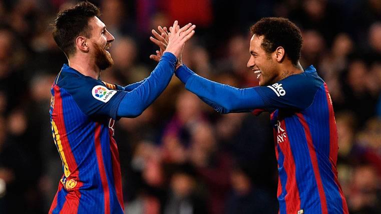 Neymar y Messi, entre los mejores lanzadores de penaltis