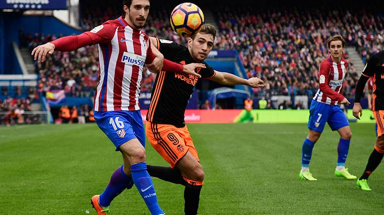 Munir visitará el Camp Nou asentado en la titularidad