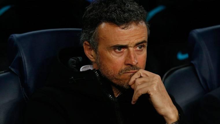 Luis Enrique, en el banquillo del FC Barcelona