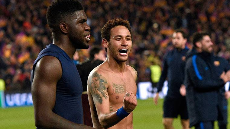 Samuel Umtiti celebra la victoria del FC Barcelona junto a Neymar
