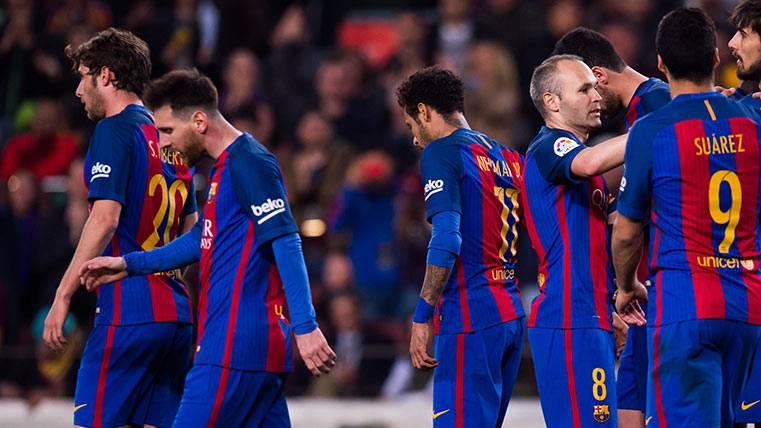 Los jugones del Barça disfrutan con el 3-4-3