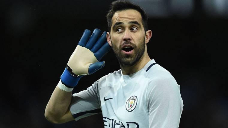 ¡Claudio Bravo podría acabar jugando en el Villarreal!