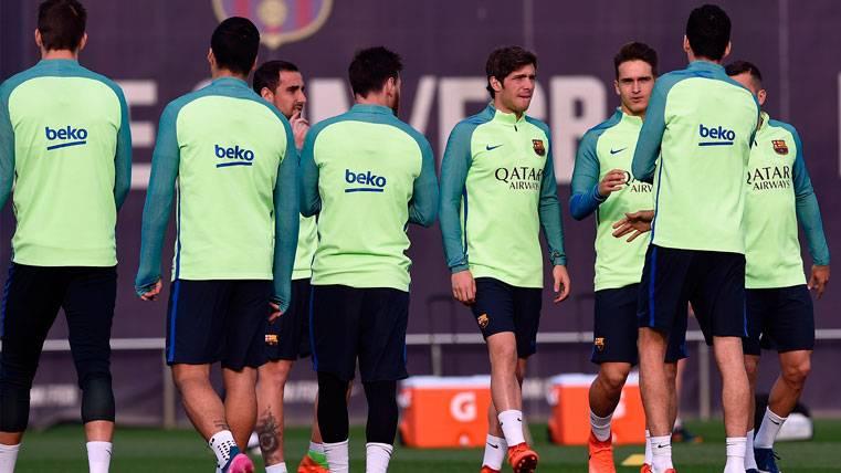 Queda descubierto el grupo de WhatsApp del FC Barcelona