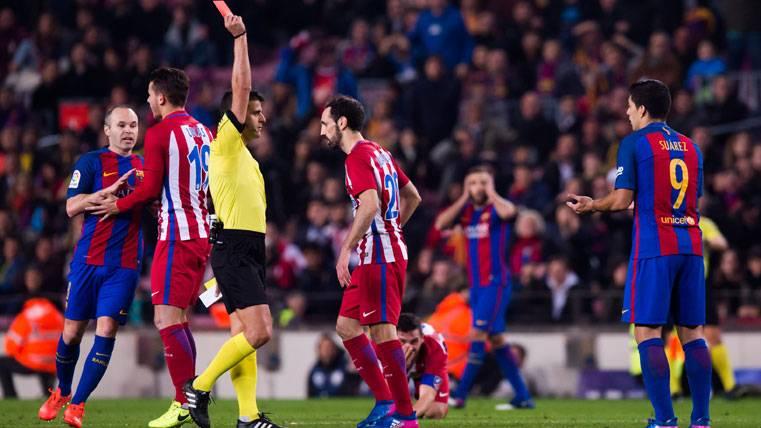 POLÉMICA: ¡El árbitro que suena para el Clásico Madrid-Barça!