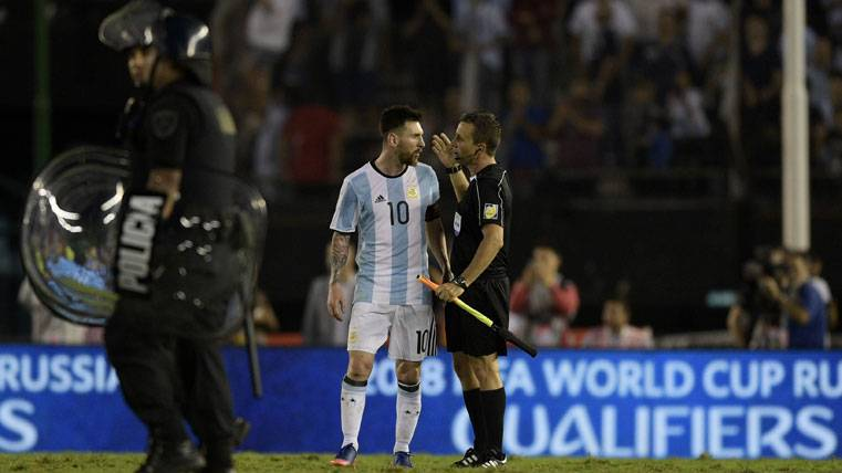 Messi no se arrastrará ante la FIFA por su injusta sanción