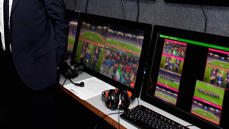 El videoarbitraje es apoyado por el Barça y la afición