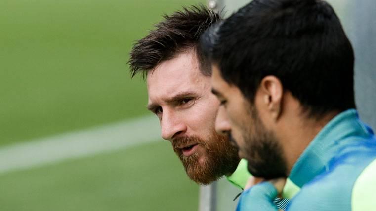 ¡Revelan que Messi renovará con el Barcelona en mayo!