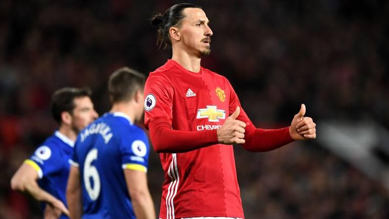Cabreo de un Ibrahimovic que no sabe si seguirá en el United