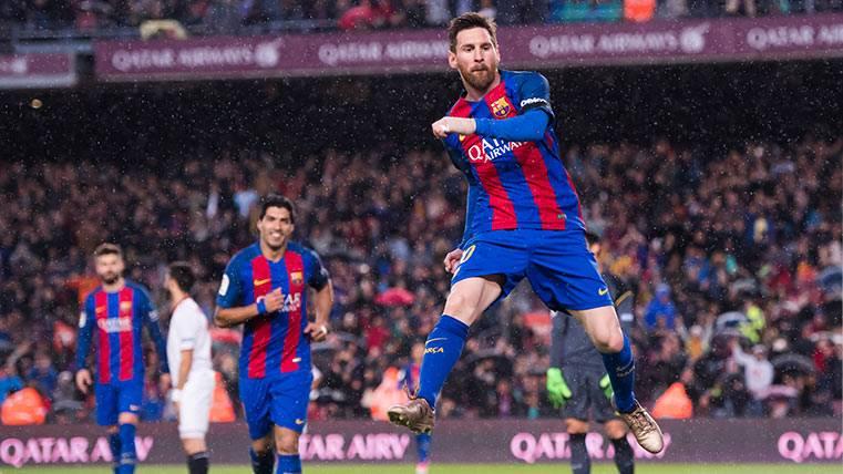 Doblete bestial de Messi en el primer tiempo ante el Sevilla