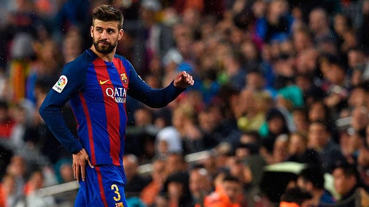El Camp Nou dictó sentencia: Ovación a Gerard Piqué
