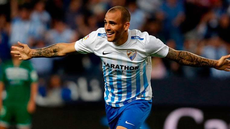 Sandró Ramírez celebrando un gol con el Málaga CF