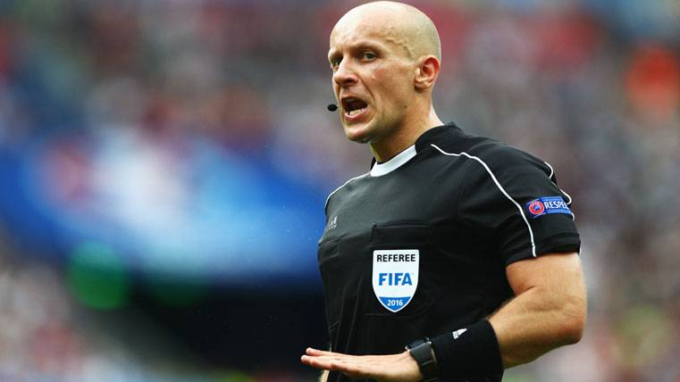 El árbitro del Juventus-Barça será... ¡El del 4-0 en París!