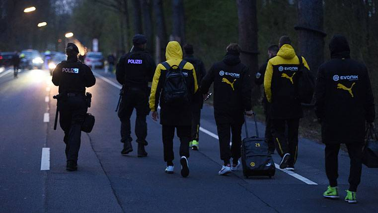 Los jugadores del Borussia Dortmund volvieron a pie tras las explosiones
