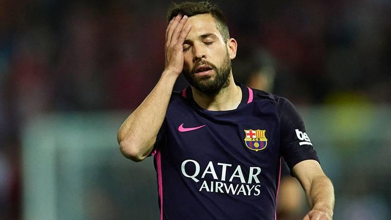 Aseguran que Jordi Alba medita irse al Chelsea o al United