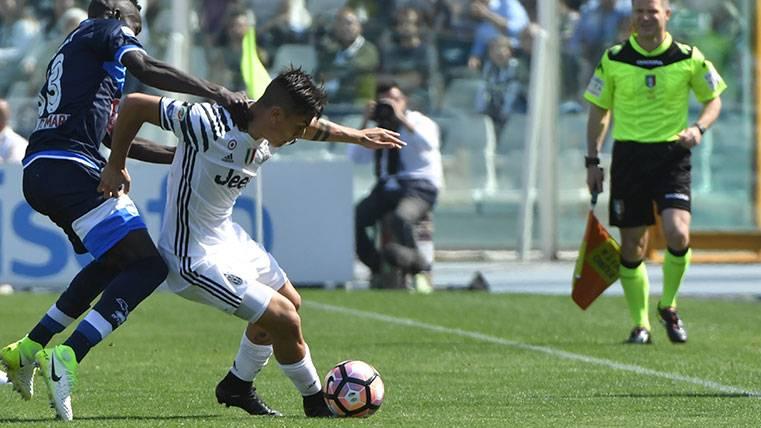 ¡Paulo Dybala se retiró lesionado del Pescara-Juventus!