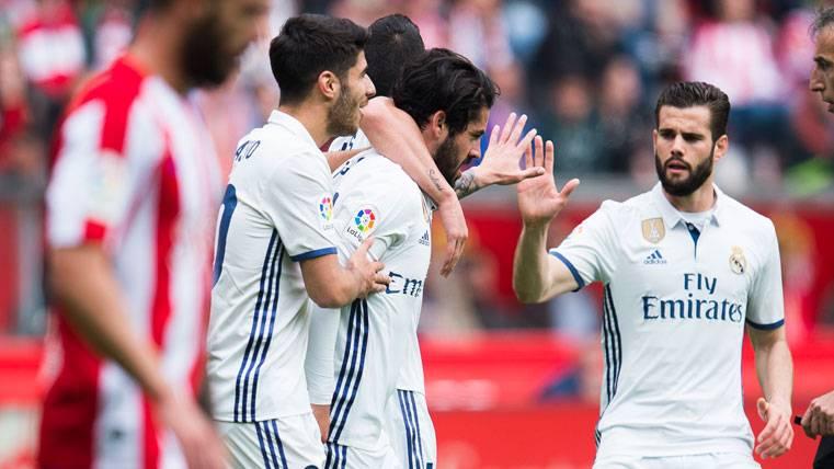 ¡Isco salva el triunfo del Real Madrid en el último minuto!