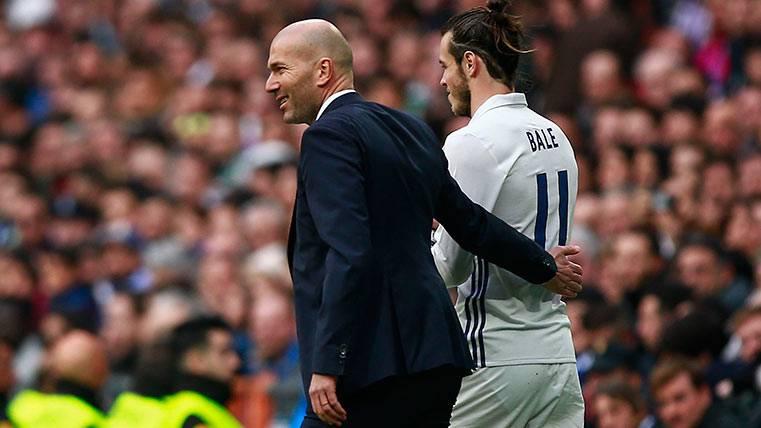 Zidane y Gareth Bale, en un partido del Madrid este curso