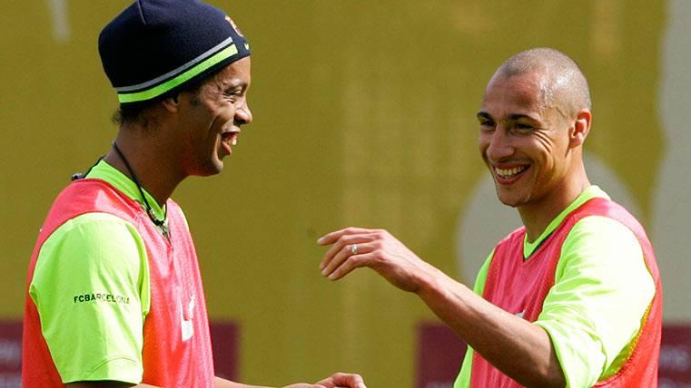 "¿Por qué le decía Ronaldinho a Larsson ""ídolo, ídolo""?"