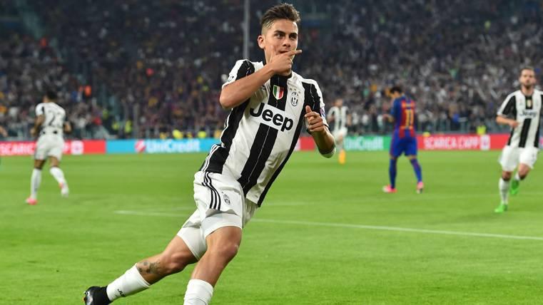 Crecen las opciones de Dybala para ser titular en el Camp Nou