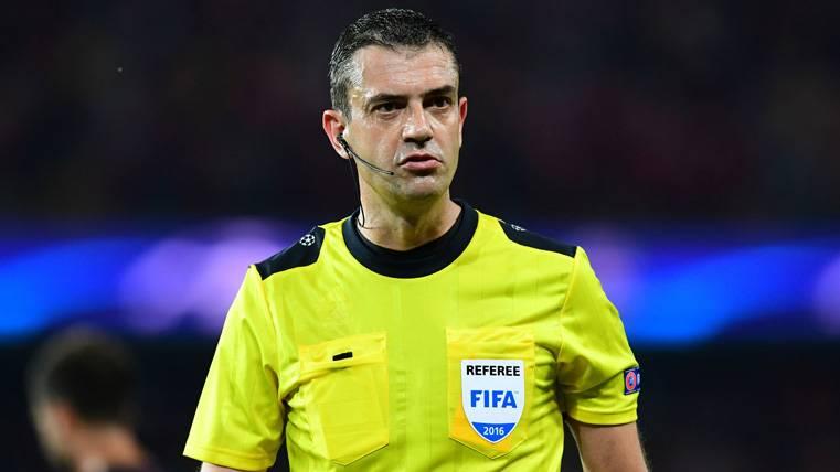 Viktor Kassai, el árbitro del Real Madrid-Bayern que perjudicó a los bávaros