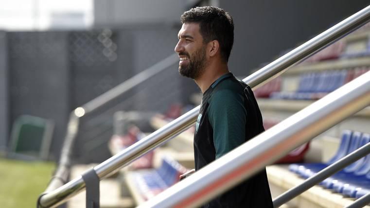 Arda Turan no entrará en el once del Barça contra el Madrid