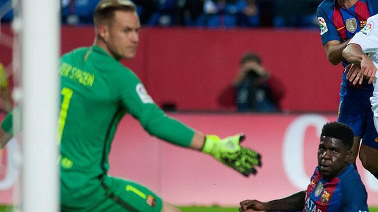 Ter Stegen y Umtiti, indiscutibles del Barça sin experiencia