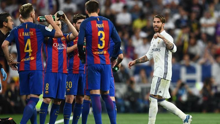 ¡Ramos quedó en ridículo con sus recriminaciones a Piqué!