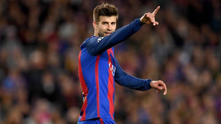Gerard Piqué, señalando el camino hacia la victoria del Barça