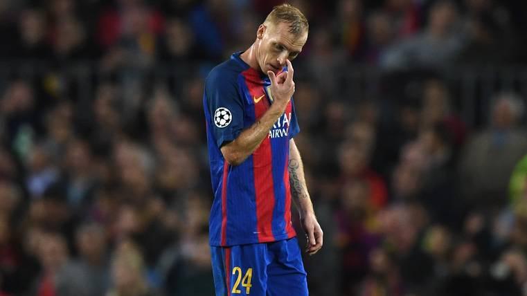 Jeremy Mathieu, durante un partido con el FC Barcelona