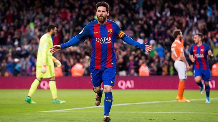 La bella vaselina de Messi para devolverle el cariño a la afición