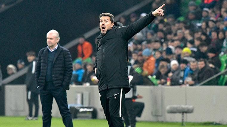 Oscar Garcia, dirigiendo un partido esta temporada con el Red Bull Salzburgo