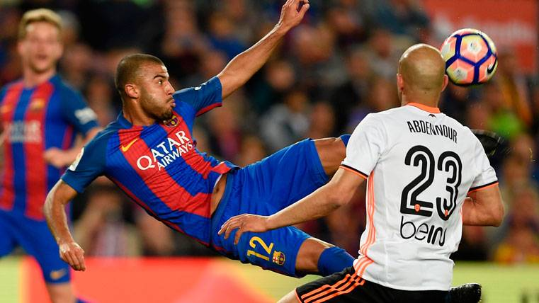 ¿Traspasará el Barça a Rafinha si ficha a un nuevo interior?