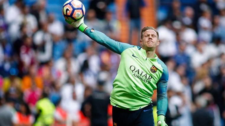 Ter Stegen desvela si chutará o no un penalti con el Barça