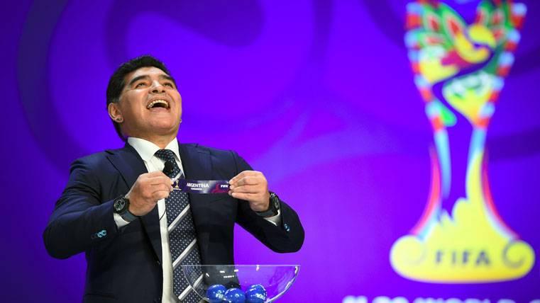 Maradona no comparte que la FIFA quite la sanción a Messi