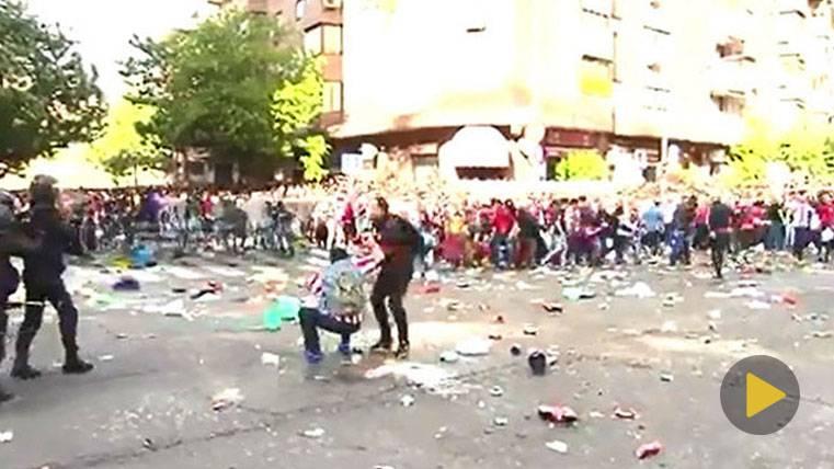 Batalla campal antes del Atlético-Real Madrid de Champions