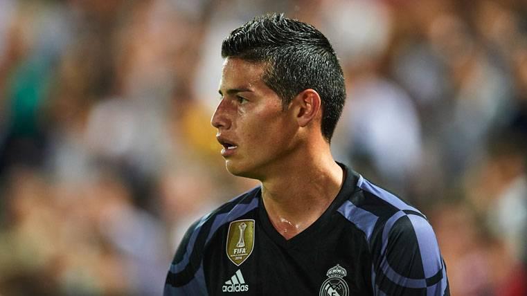 La maldición del '10' del Real Madrid desde que está Messi