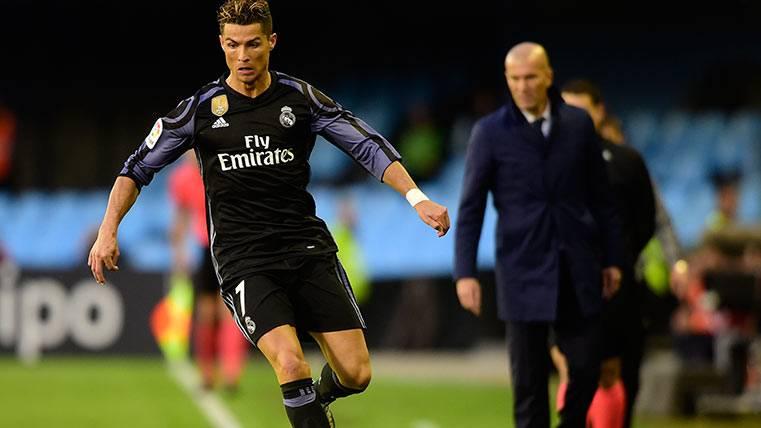 Cristiano Ronaldo, a la piscina en el Celta-Madrid