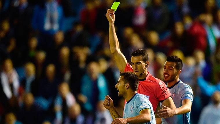 """""""A los árbitros también hay que sancionarlos si fallan"""""""