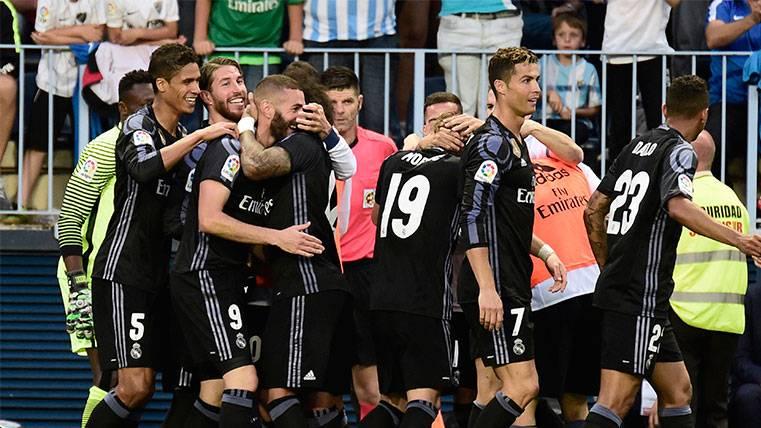 El Real Madrid no falla en Málaga y es campeón de LaLiga