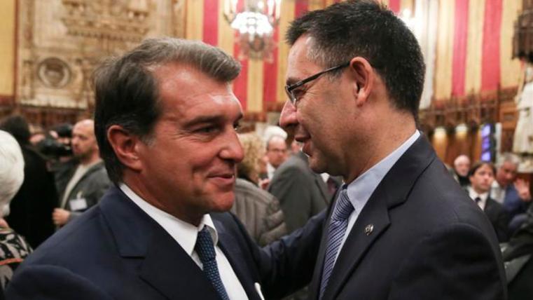 Joan Laporta firma la moción de censura de Benedito