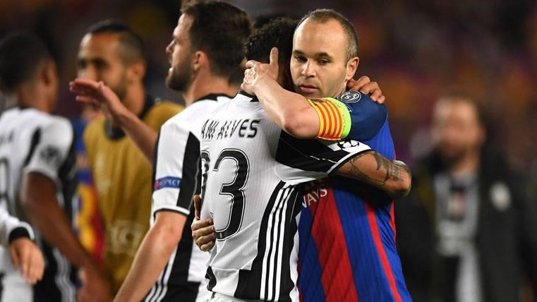 BOMBA: ¿Puede seguir Iniesta los pasos de Dani Alves?
